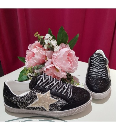 Sneaker Negra Estrella